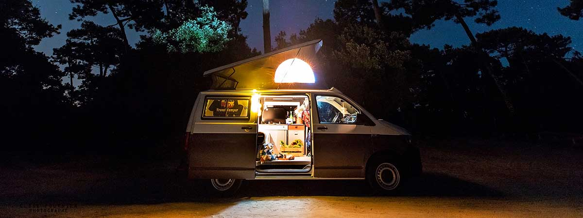 travel_camper-location-combi-lumiere_nuit